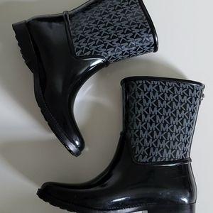 Michael Kors rainboots size 8